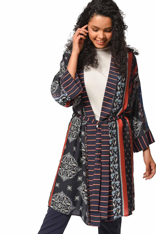 MIZALLE Desenli Çizgi Garnili Kimono (Mix) (1)