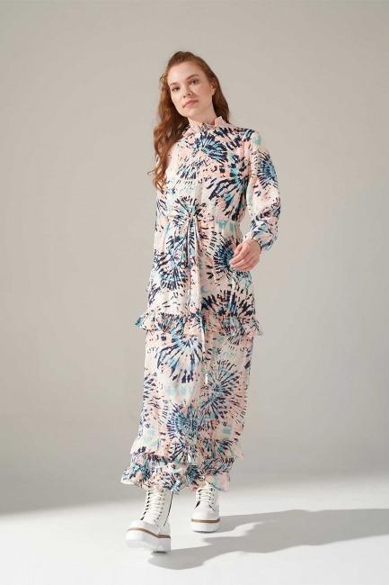 Mizalle - Desenli Eteği Fırfırlı Elbise