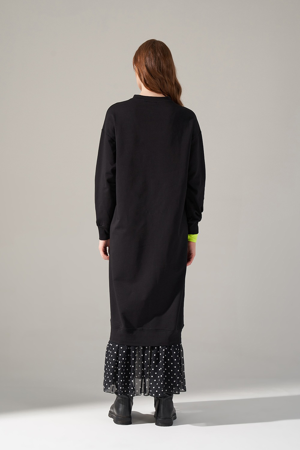 Desenli Etek Garnili Elbise (Siyah)