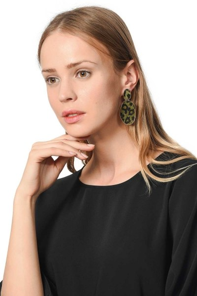 MIZALLE Patterned Oval Earrings (Khaki)