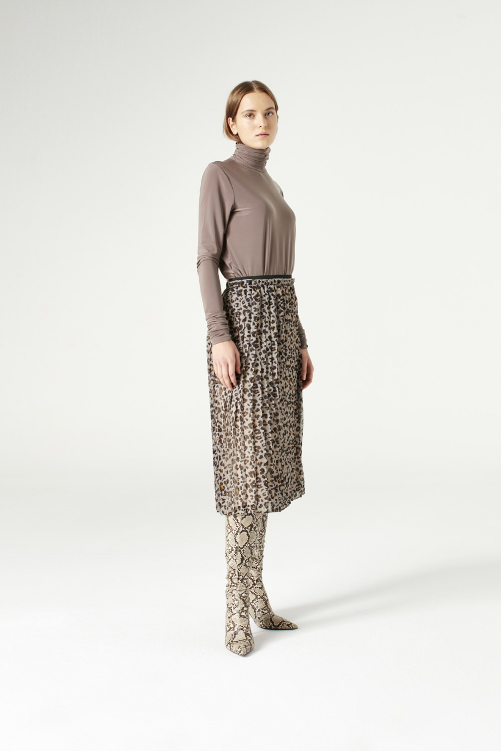 MIZALLE Patterned Pleated Skirt (Brown) (1)