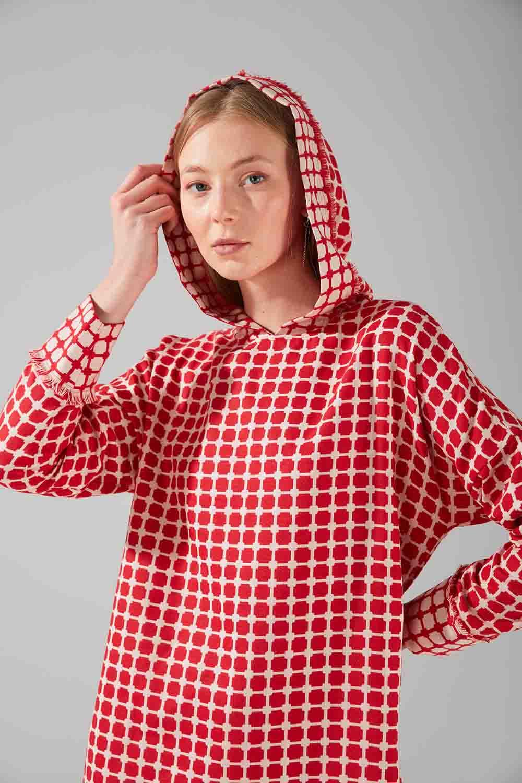 Desenli Püsküllü Sweatshirt (Kırmızı)