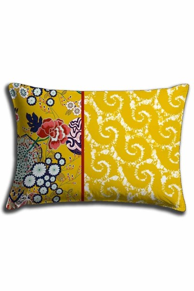 Digital Printed Yellow Patterns Lace Pillow Cover (30X50) - Thumbnail