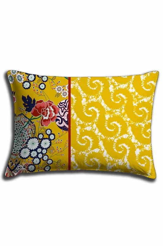 Digital Printed Yellow Patterns Lace Pillow Cover (30X50)