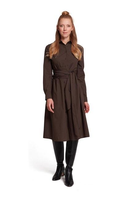 MIZALLE فستان قميص بياقة مستقيمة (بني)