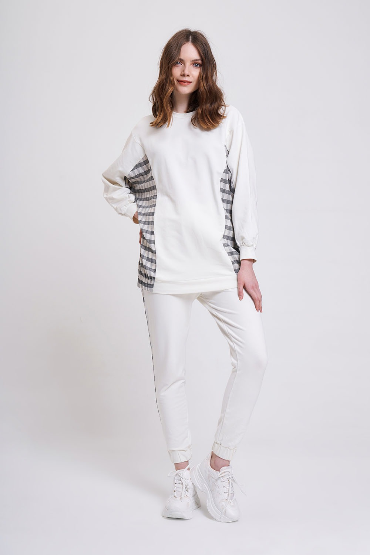 Mizalle - Ekose Garni Detaylı Sweatshirt (Ekru)