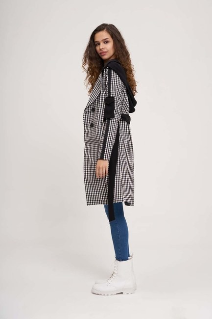 MIZALLE - Plaid Hooded Trench Coat (Black/White) (1)