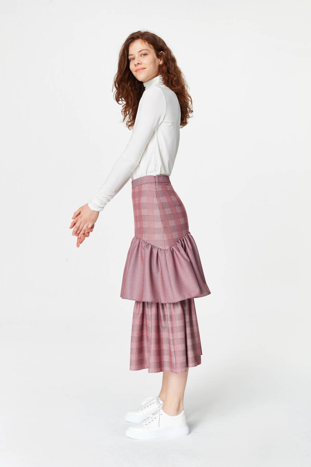 MIZALLE Plaid Long Skirt (Claret Red) (1)