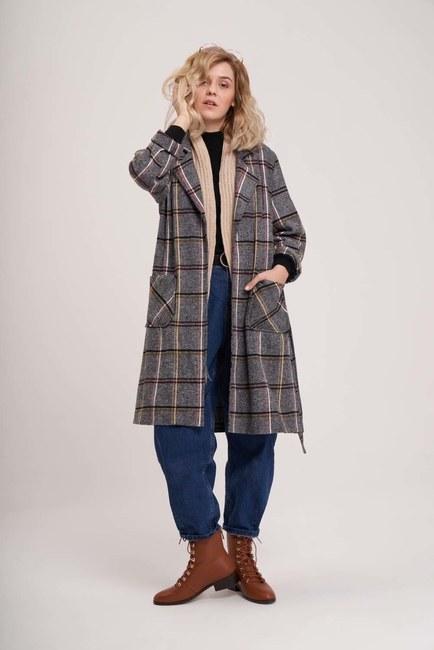 MIZALLE YOUTH - Ekose Uzun Ceket (Gri) (1)