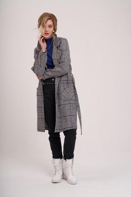 Mizalle Youth - Ekose Uzun Ceket (Siyah/Beyaz) (1)
