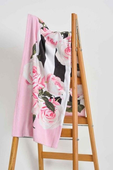 Mizalle Home - Beach Towel (Roses)
