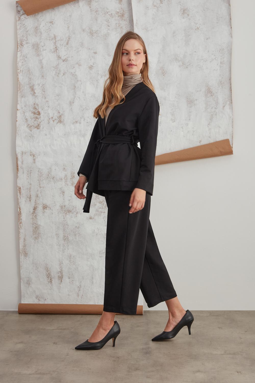 Belted Waist Two Thread Black Kimono