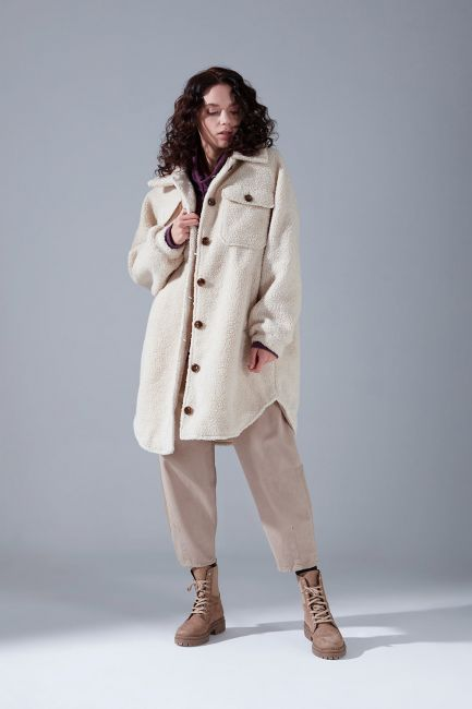 Mizalle - Buttoned Over Plush Coat (Ecru)