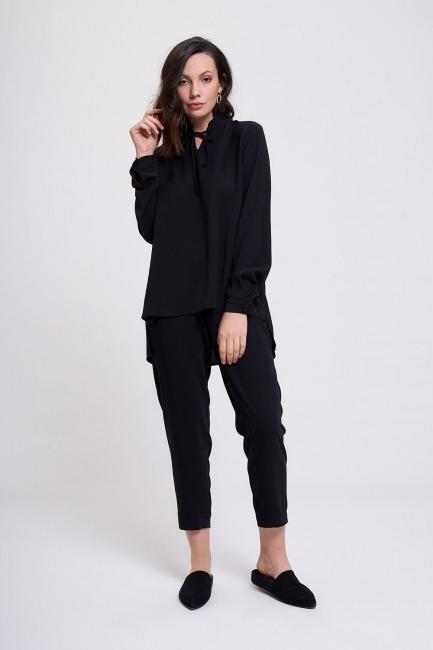 Mizalle - Collar Cuff Stone Blouse (Black)