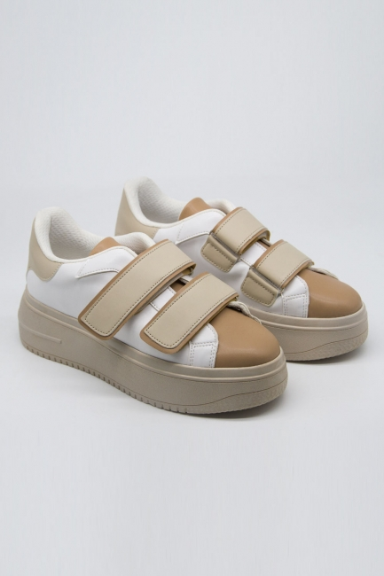 Mizalle - Colorful Banded Sports Shoes