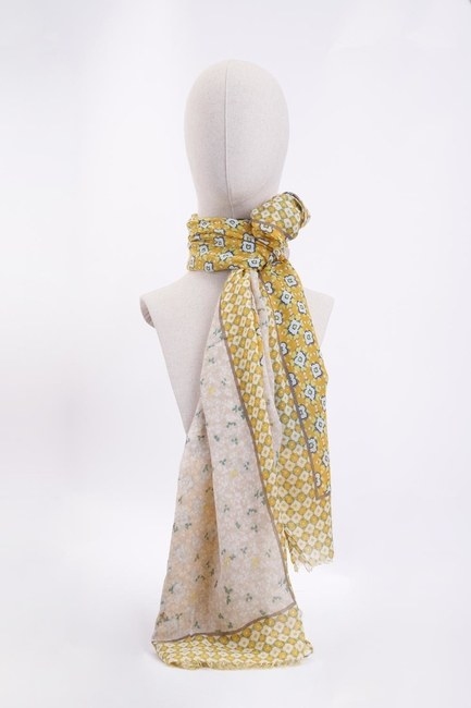 Mizalle - Crowbar Shawl (Yellow)
