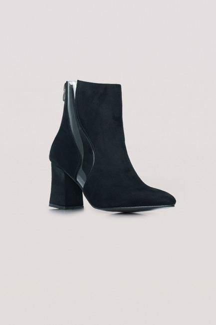Mizalle - Design Suede Boots (Black)