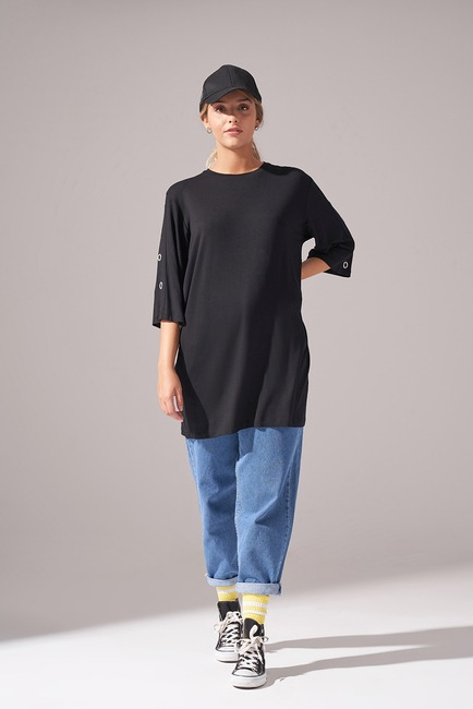 Mizalle - Eyelet Sleeve Tunic (Black)