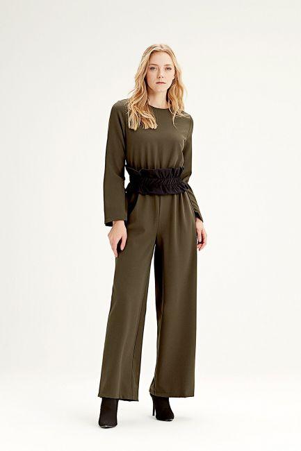 Mizalle - Fabric-Belt Detailed Jumpsuit (Khaki)