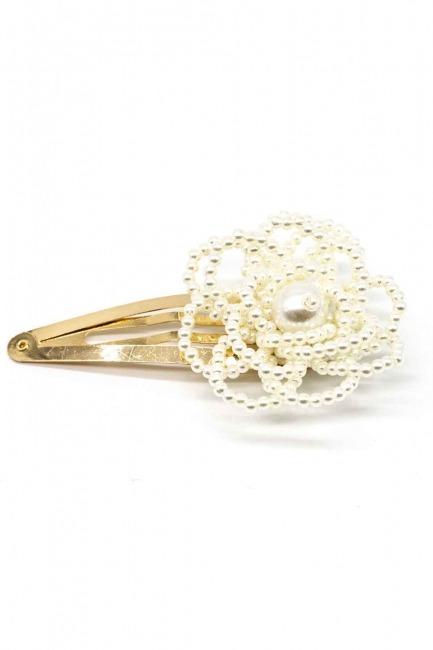 Mizalle - Flower Detailed Pearl Hair Clips