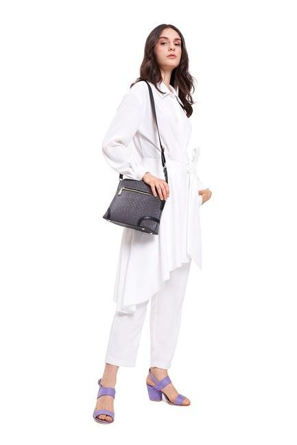 Mizalle - Front Pocket Shoulder Bag (Black)