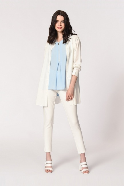Mizalle - Front Zippered Sleeveless Blouse (Blue)