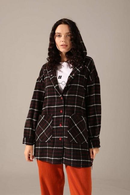 Mizalle - Hooded Plaid Shirt Jacket (Black-Red)