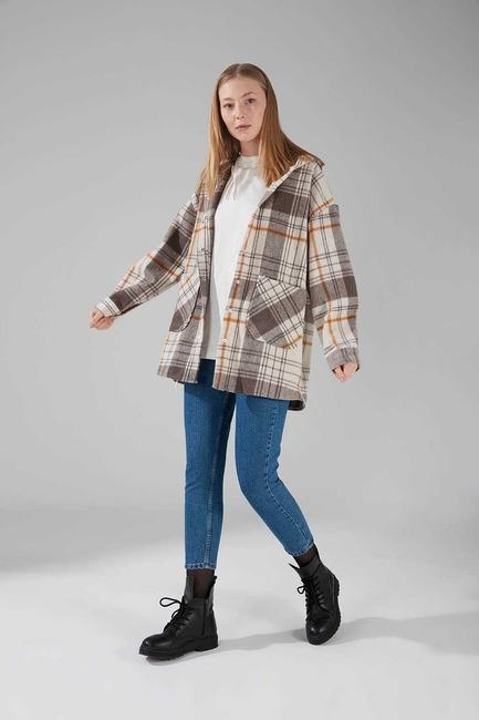 Mizalle - Hooded Plaid Shirt Jacket (Grey Pattern)