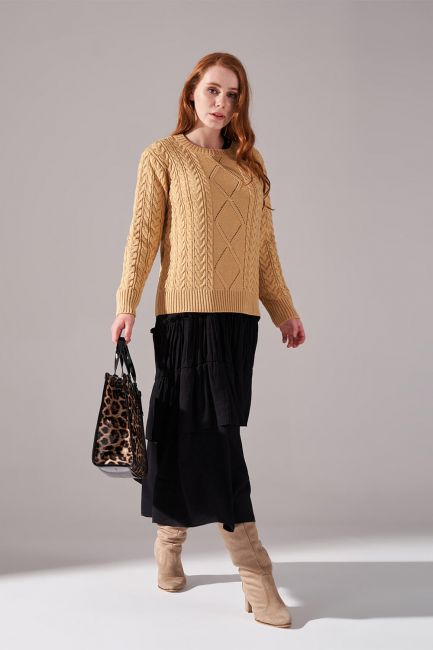 Mizalle - Knitted Sweater (Camel)