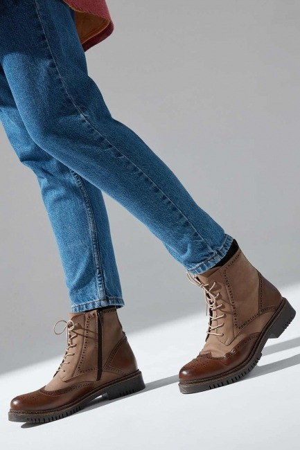 Mizalle - Leather Embroidered Suede Boots (Tan)
