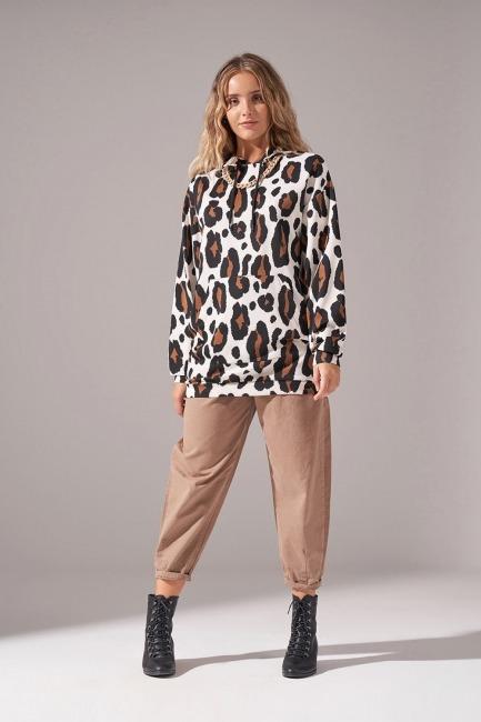 Mizalle - Leopard Print Scuba Sweatshirt