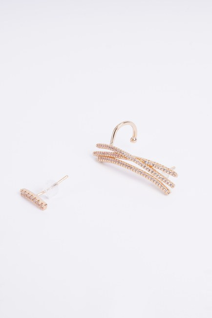 Mizalle - Line Detailed Cartilage Earrings (Yellow)