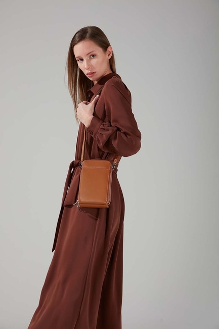 Mizalle - Multi Pocket Shoulder Bag (Tan)