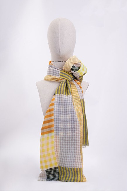 Mizalle - Patch Patterned Shawl (Yellow)