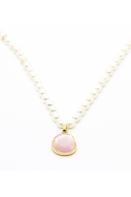 Mizalle - Pearl Detailed Necklace (Pink)