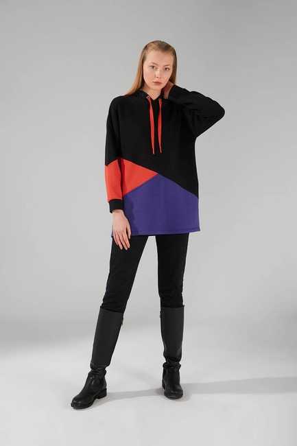 Mizalle - Pieced Multicolor Sweatshirt (Black)
