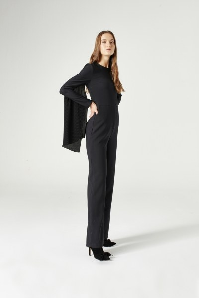 Mizalle - Pleat Sleeve Detailed Jumpsuit (Black)