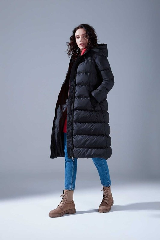 Ribbed Puffer Coat (Black)