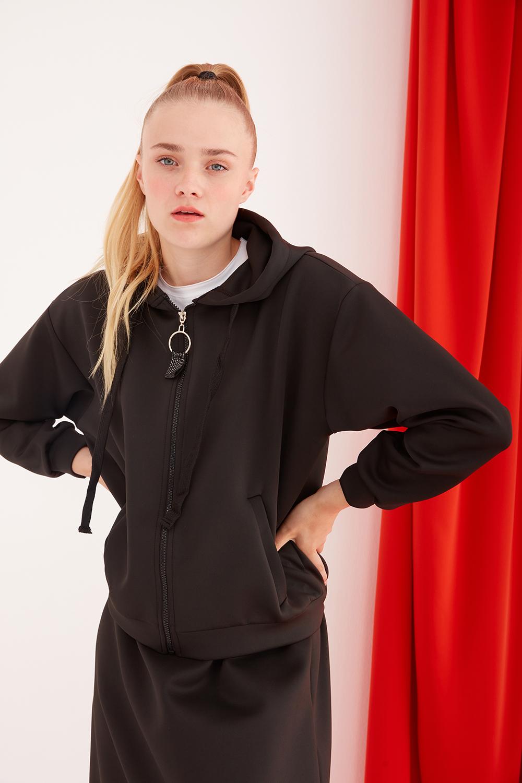 Scuba Bone Zipper Black Sweatshirt