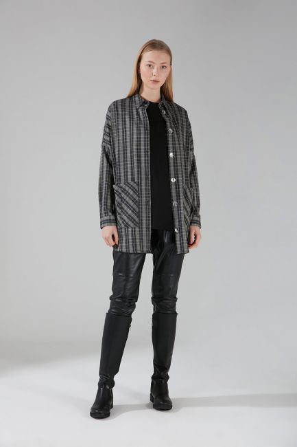 Mizalle - Shiny Buttoned Shirt Jacket (Anthracite)