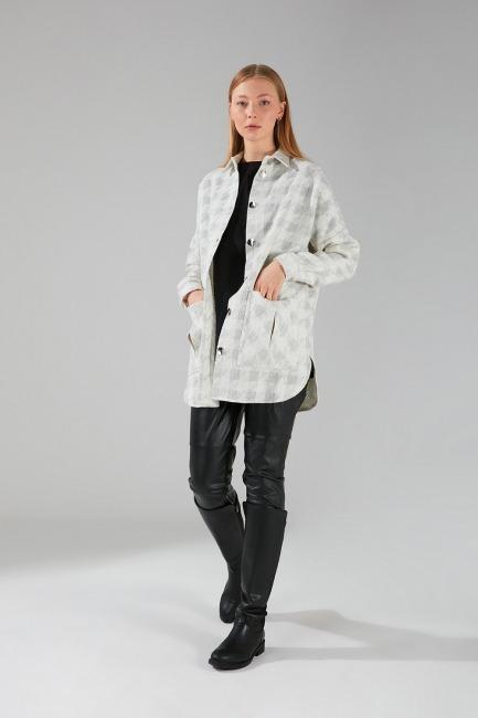 Mizalle - Shiny Buttoned Shirt Jacket (Ecru)