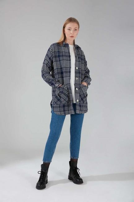Mizalle - Shiny Buttoned Shirt Jacket (Indigo)