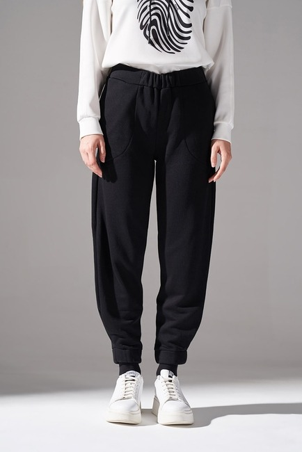 Mizalle - Stitched Trousers (Black) (1)