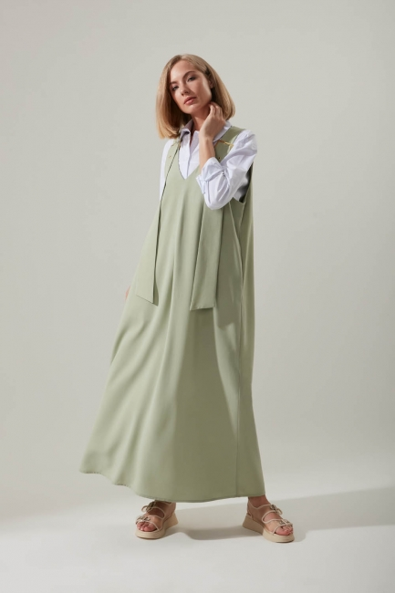 Mizalle - Strapless Long Mint Gilet Dress