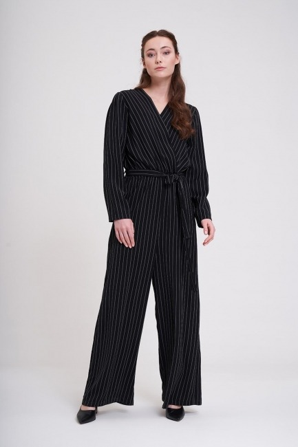 Mizalle - Striped Jumpsuit (Black)