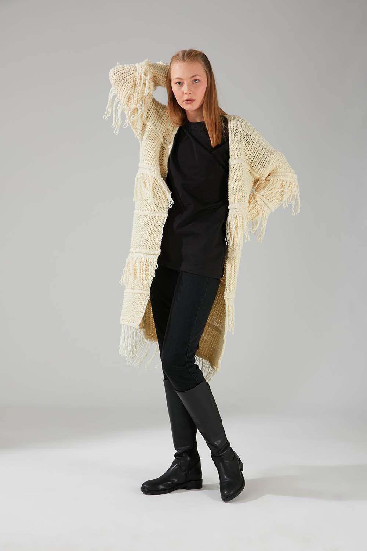 Mizalle - Tasseled Knitwear Cardigan (Ecru)