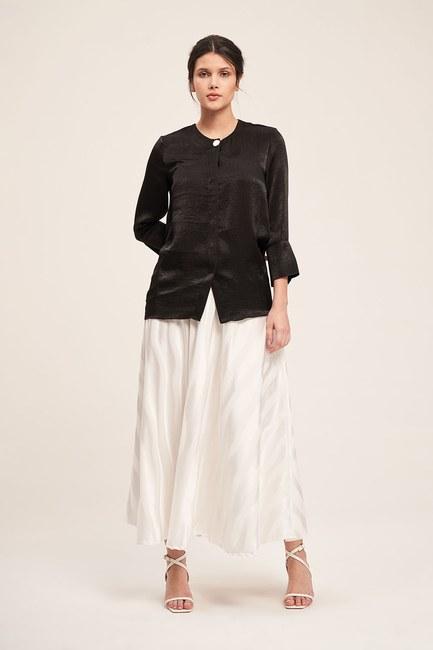 Mizalle - Trim Buttoned Blouse (Black)