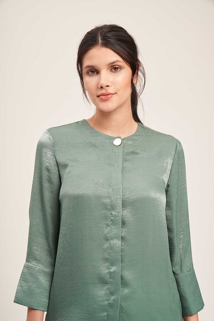 Mizalle - Trim Buttoned Blouse (Green)