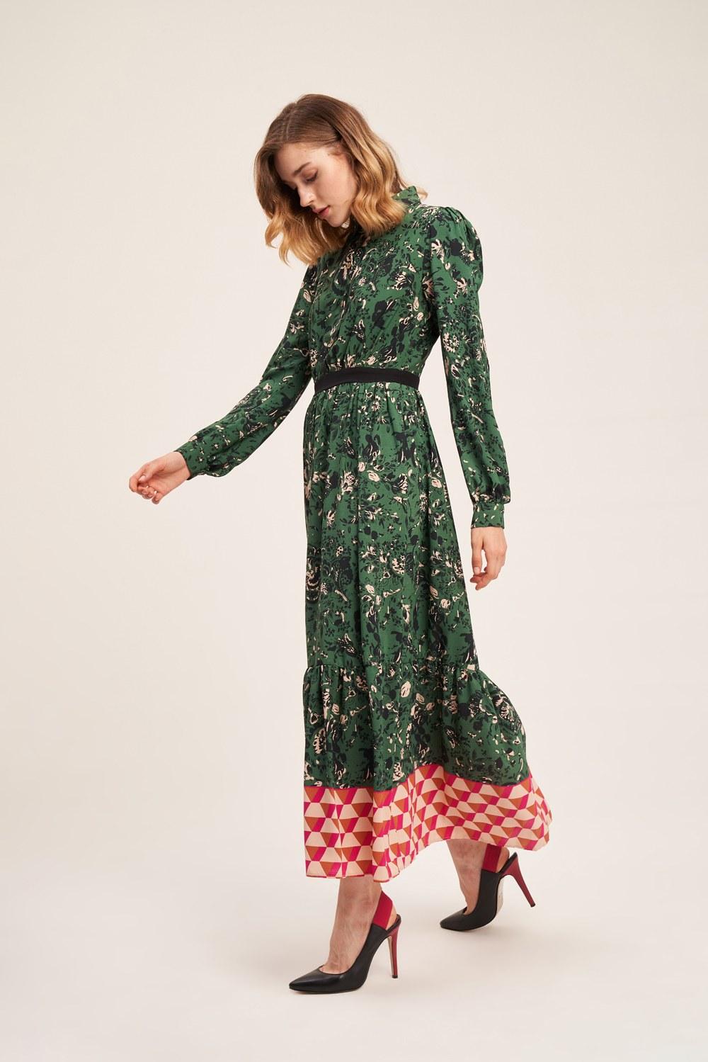 Eteği Desenli Yeşil Uzun Elbise