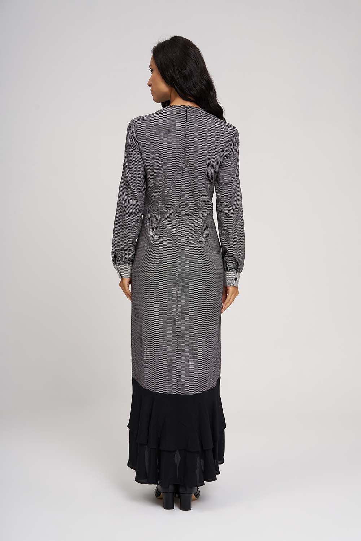 MIZALLE Eteği Volanlı Parçalı Elbise (Siyah/Beyaz) (1)